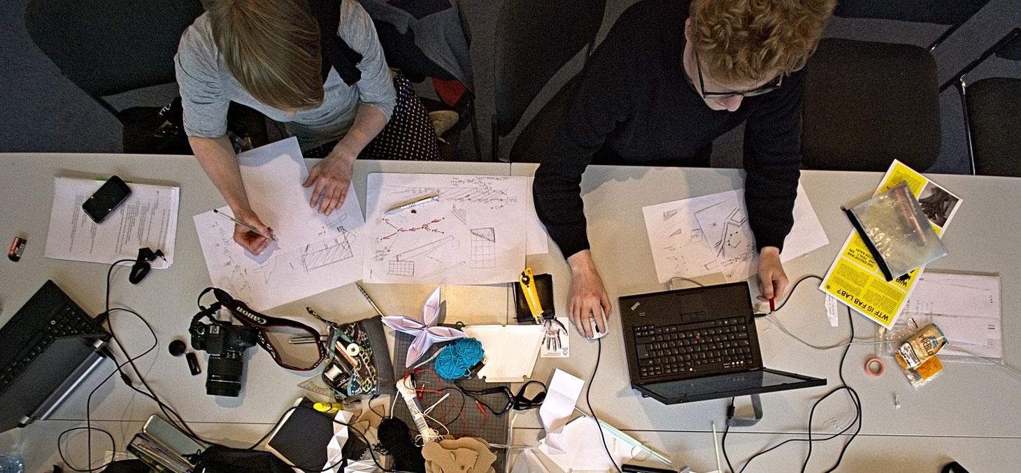 Un « makerspace » © Slub Presse 2015 / Wikipedia, CC BY-SA