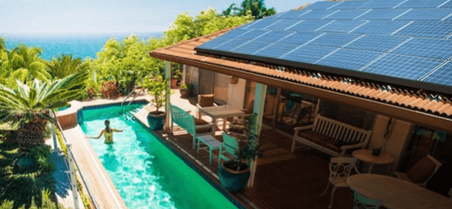 Une villa équipée d'une toiture solaire. www.solarcity.com