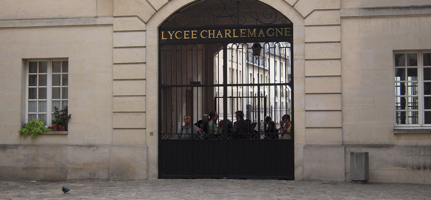 Le lycée Charlemagne se trouve 14, rue Charlemagne, en plein centre du quartier du Marais, dans le IVᵉ arrondissement de Paris. © patrick janicek / Flickr, CC BY
