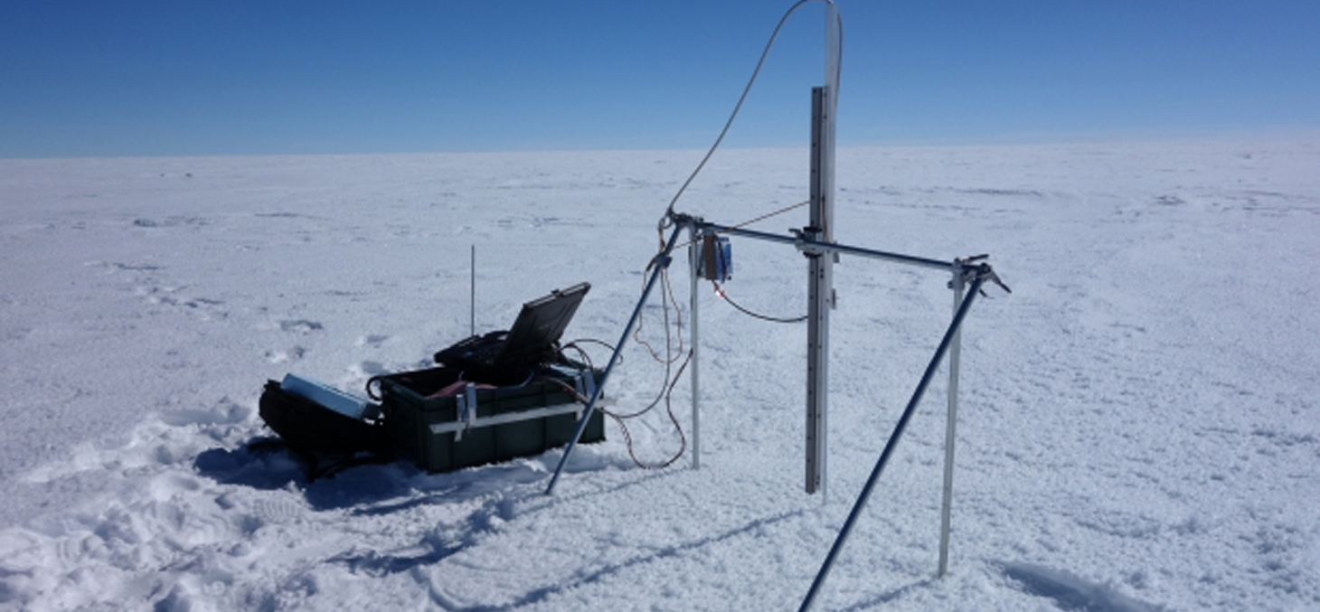 SOLEXS, l'instrument développé au LGGE pour mesurer la décroissance de l'intensité lumineuse dans la neige © Quentin Libois / LGGE