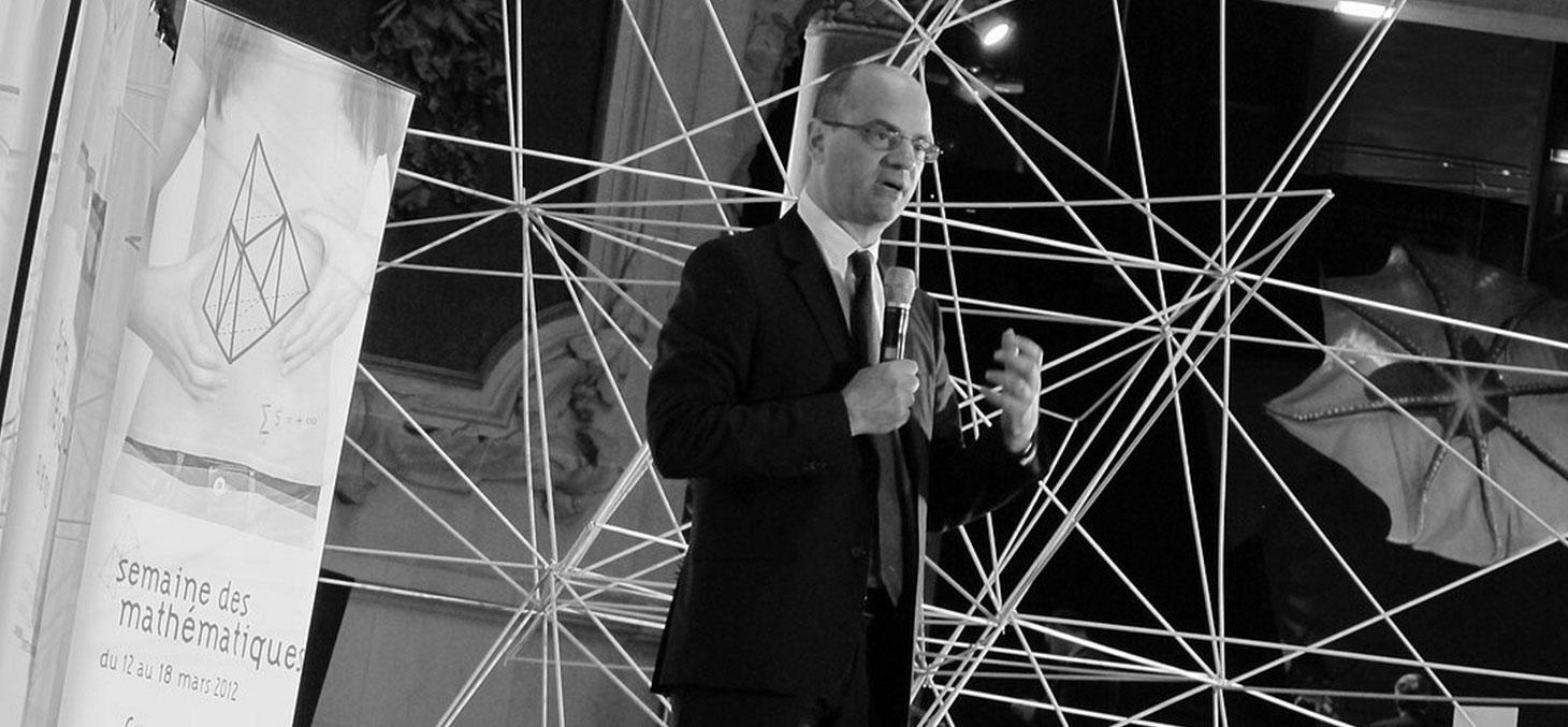 Le nouveau ministre Jean-Michel Blanquer (ici en 2012 Directeur Général de l'Enseignement Scolaire au ministère de l'Éducation nationale), veut-il détricoter la réforme du collège ? © PhotonQuantique / Flickr, CC BY