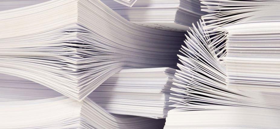 Les rapports du GIEC, des milliers de pages pour faire le point sur l'état des connaissances relatives au changement climatique. © Shutterstock