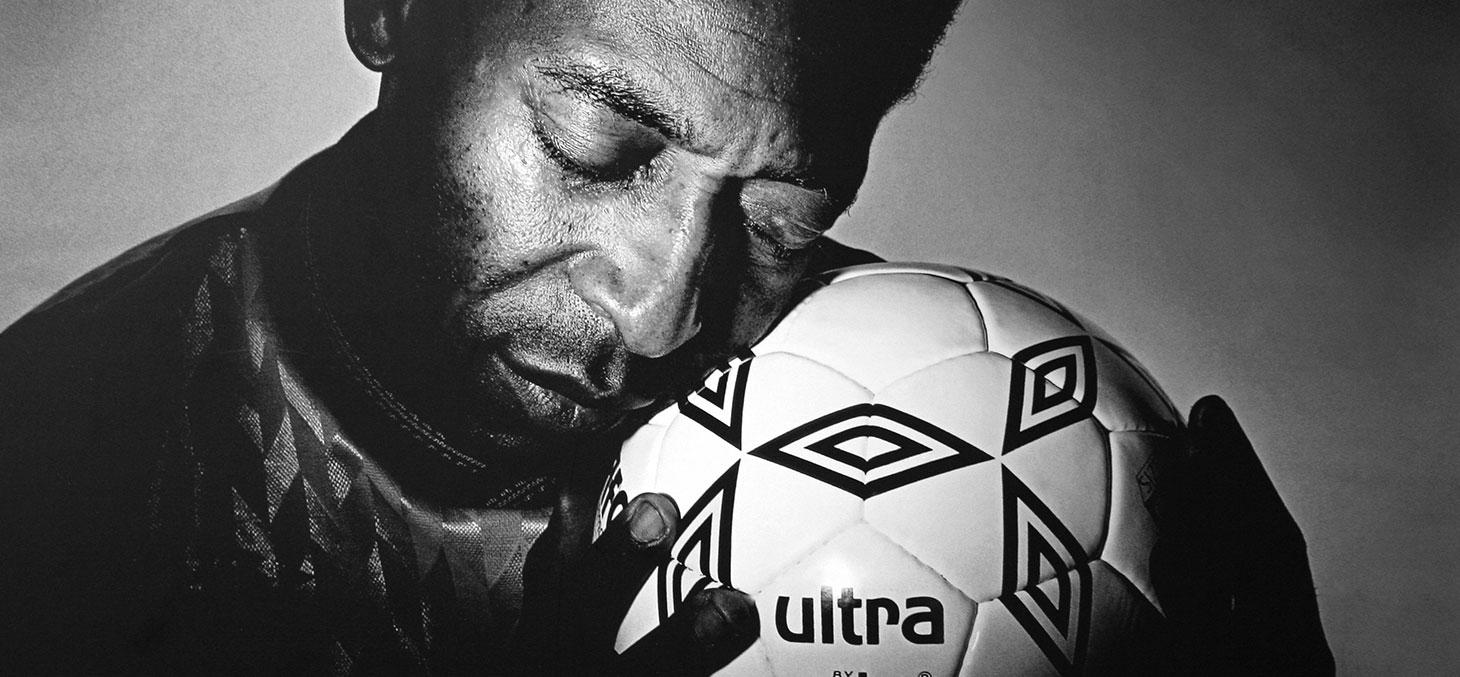 Pelé, dieu vivant au Brésil, ici en 1987 © Cliff / Flickr, CC BY
