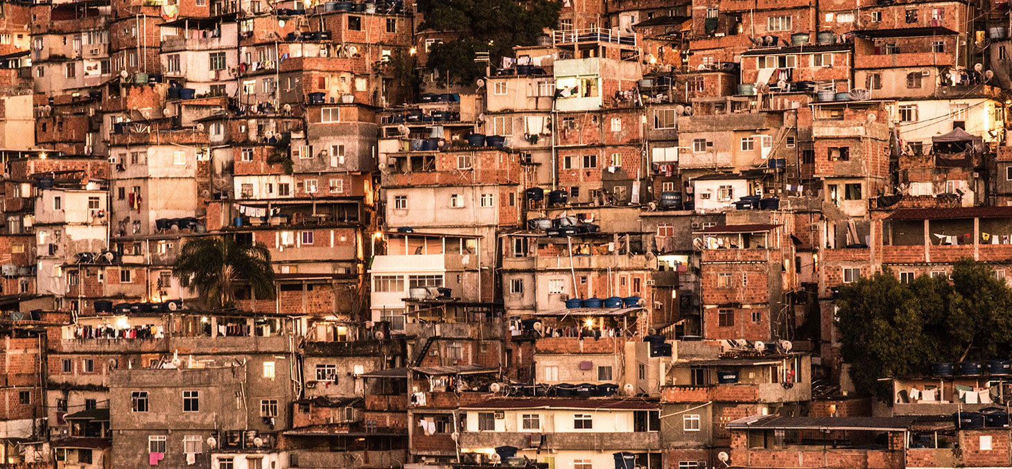 Favela à Rio © Chris Jones / Flickr, CC BY-NC