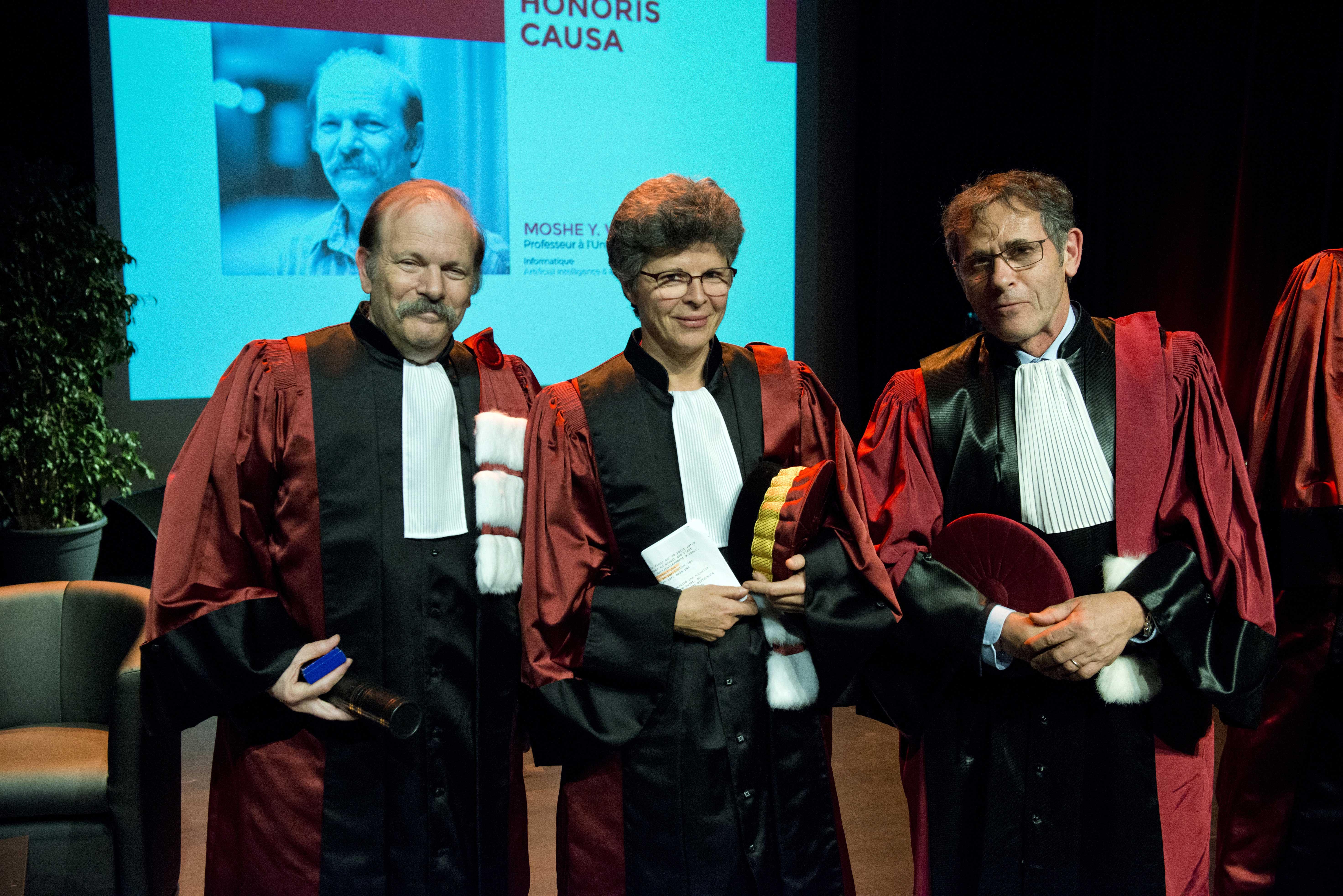 Moshe Y. Vardi entouré de sa marraine, Florence Maraninchi et du président de l'UGA