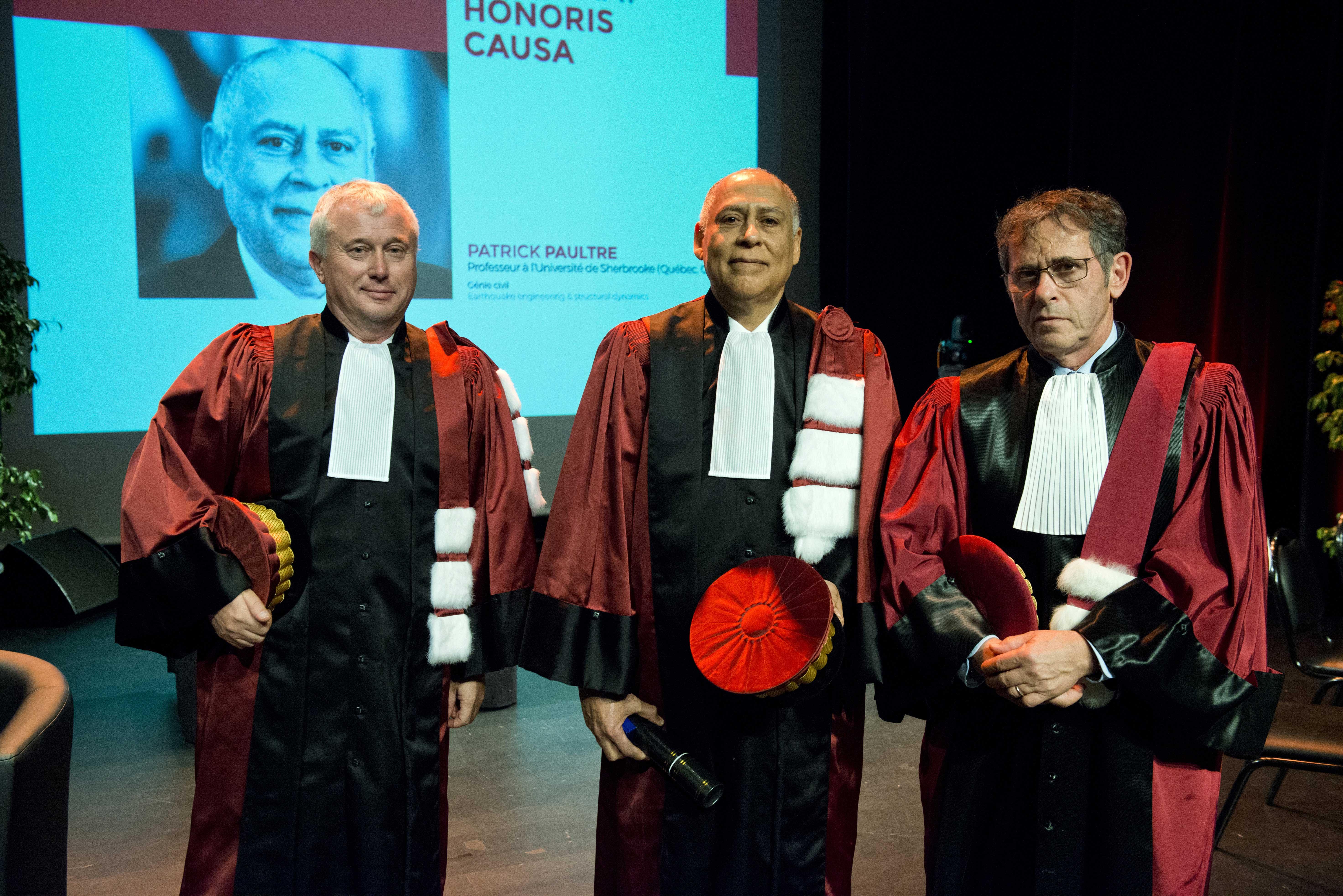 Patrick Paultre entouré de son parrain, Laurent Daudeville et du président de l'UGA