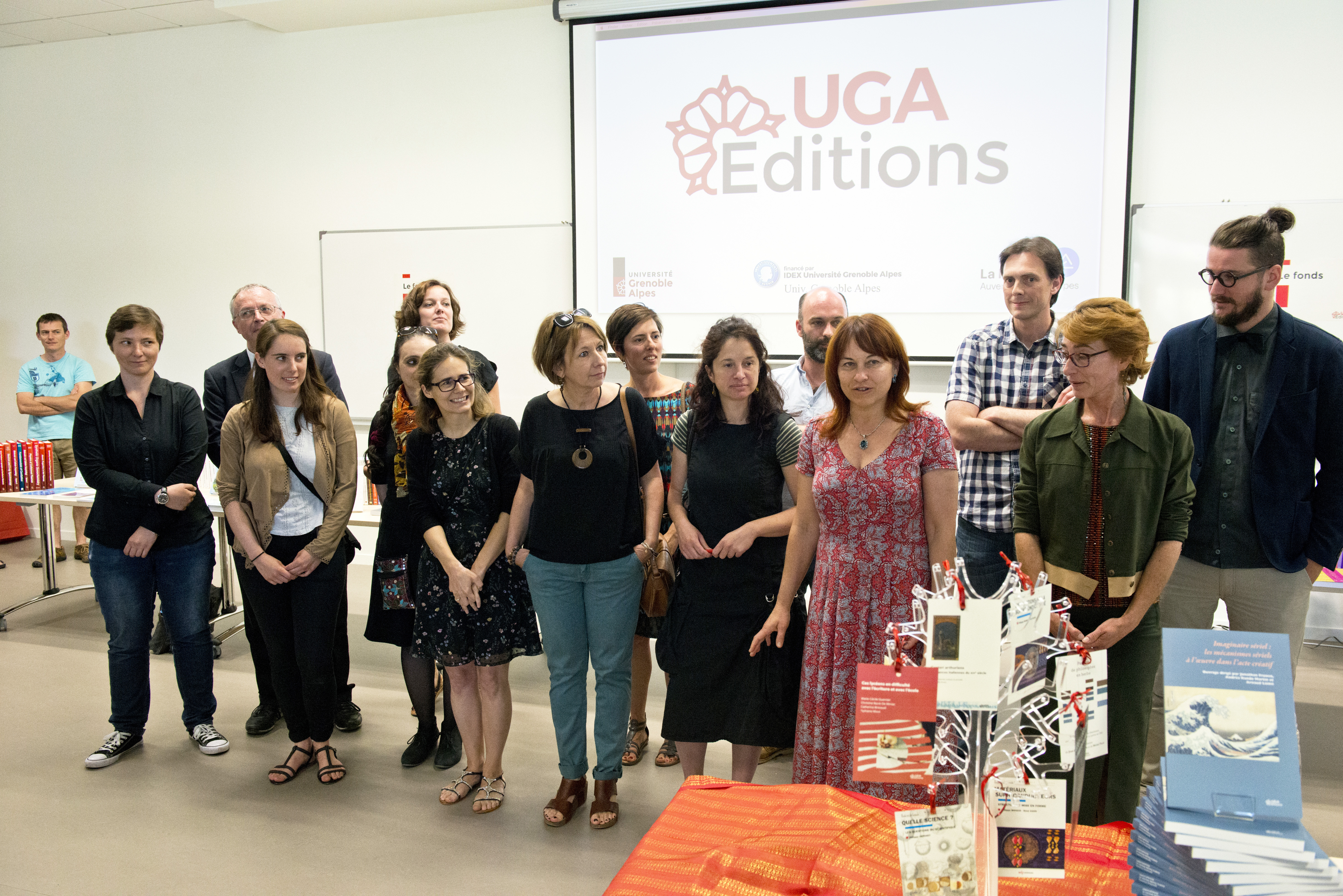 Toute l'équipe de UGA Éditions