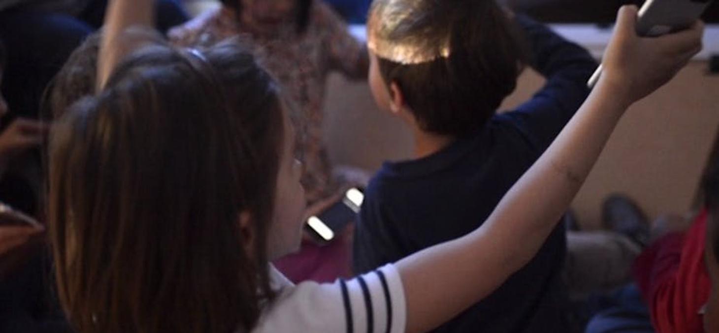 Au Centre de Recherches Interdisciplinaires (CRI), on tente de mettre l'école dans les smartphones. CRI, Author provided