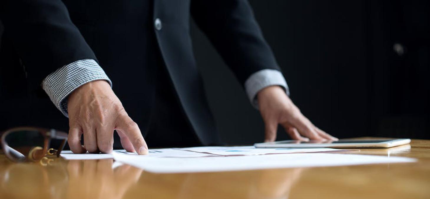 Les critères RSE sont susceptibles de renforcer la transparence en matière de rémunération des dirigeants. Sabthai / Shutterstock