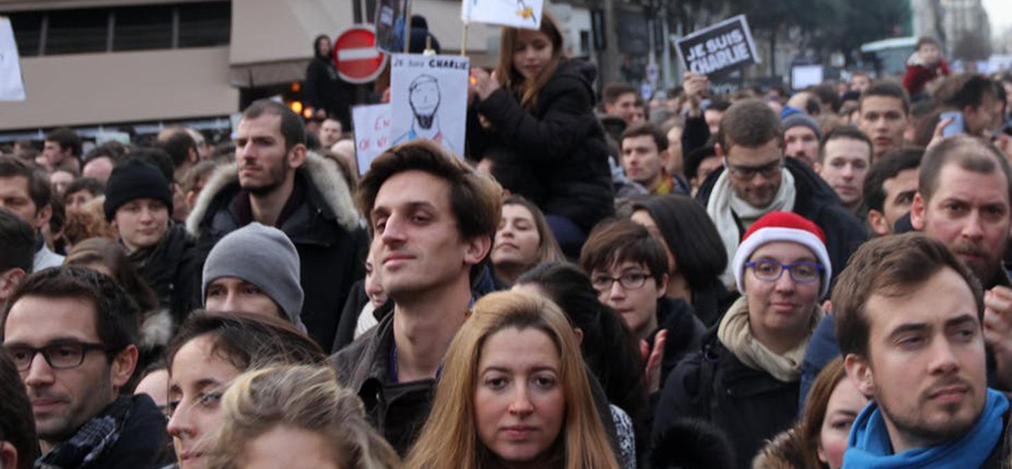A Paris, lors de la manifestation après l'attentat contre Charlie Hebdo. Maya-Anaïs Yataghène/Flickr, CC BY