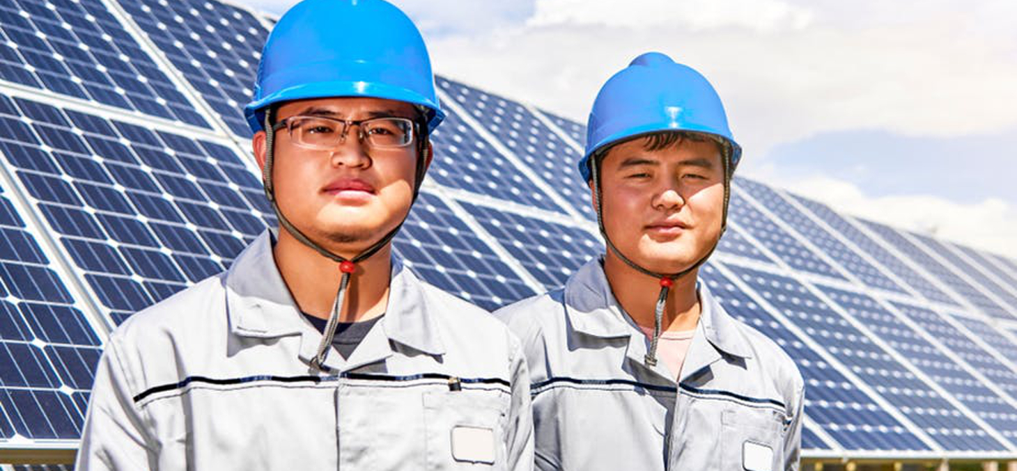 Entre 2000 et 2014, le nombre de diplômés chinois en sciences et ingénierie est passé de 359 000 à 1,65 million. Jenson/Shutterstock