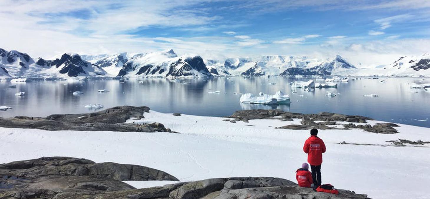 Les glaces de l'Antarctique, objets d'étude intensifs dans les recherches sur le climat. Cassie Matias/Unsplash