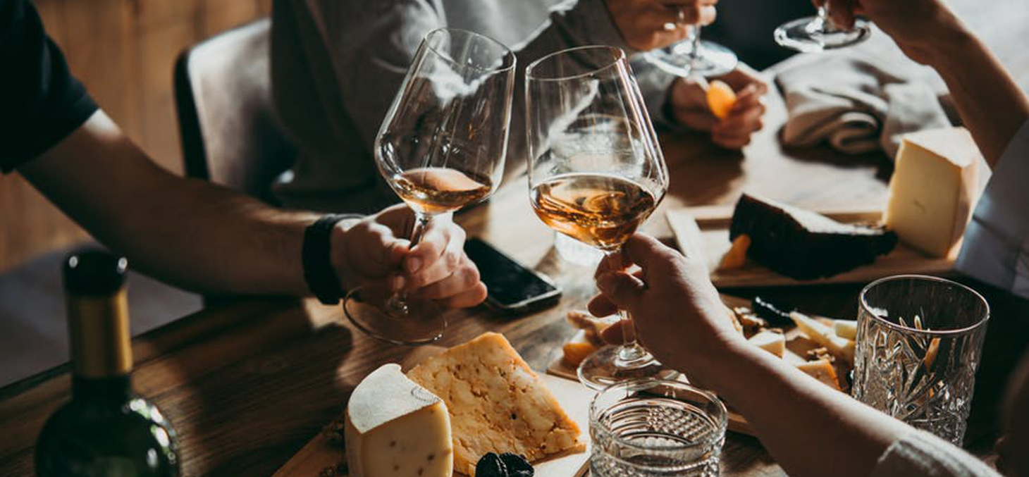 Même modérée, la consommation d'alcool n'a pas d'effet protecteur contre les maladies cardiovasculaires. Shutterstock