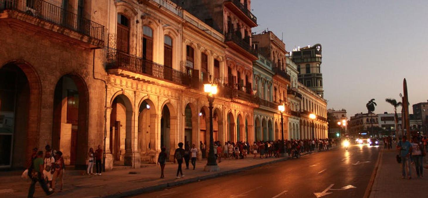 Comment éviter que développement du tourisme à Cuba endommage le patrimoine et l'authenticité de l'île?