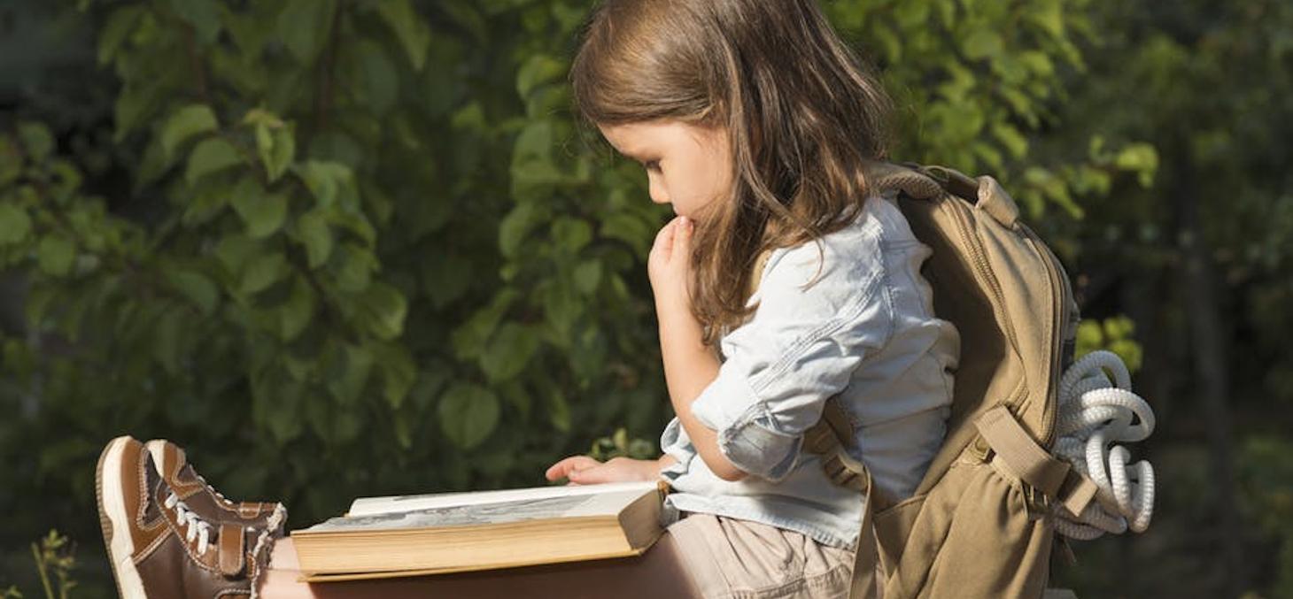 Au-delà des grands romans situés dans des écoles, d'autres livres pour enfants affichent une fonction d'acculturation à un nouvel univers. shutterstock