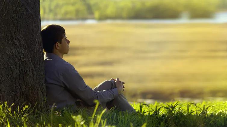 Si l'on se réfère à Spinoza, l'essentiel est de vivre, et d'aller de l'avant, avec le souci de se perfectionner.. Shutterstock