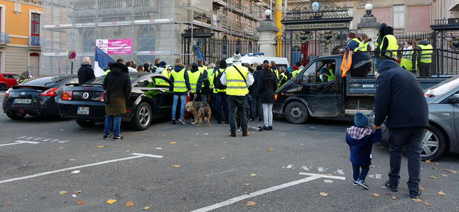 Mouvement des gilets jaunes, Belfort, le 18 novembre 2018 © Thomas Bresson / Flickr, CC BY-SA