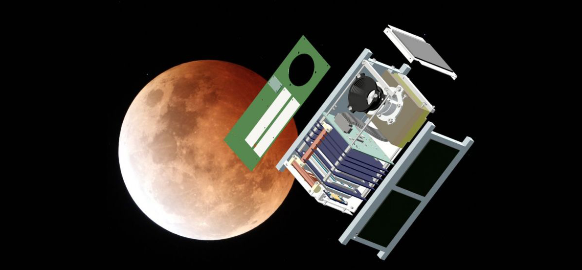 Vue éclatée d'AMICal Sat devant la Lune © CSUG