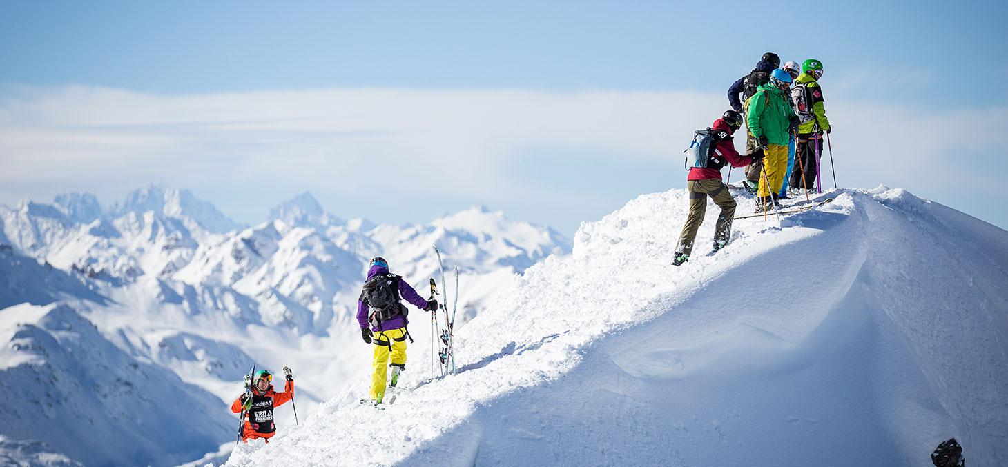 Compétition de ski et de snowboard © Valais Wallis