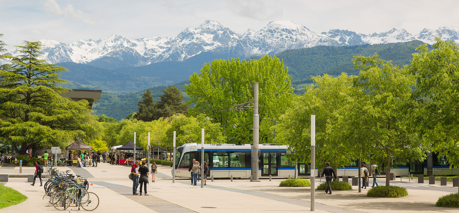 Vue du campus de l'Université Grenoble Alpes © Pierre Jayet